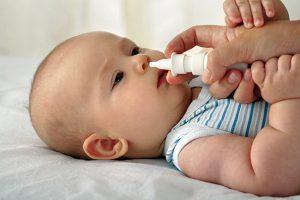 Vệ sinh mũi đúng cách sẽ giúp bé luôn khỏe mạnh