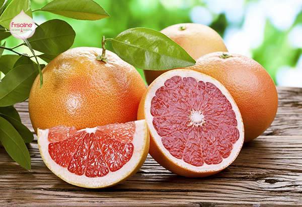 Trẻ bị cảm cúm sổ mũi nên ăn trái cây họ cam quýt