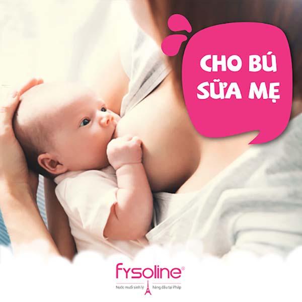 Thời điểm nên vệ sinh miệng cho trẻ sơ sinh