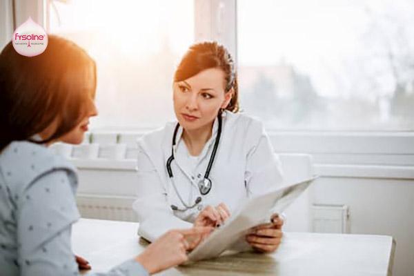 Khám bác sĩ khi bị viêm xoang