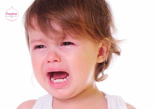 Triệu chứng khi trẻ bị viêm mũi dị ứng