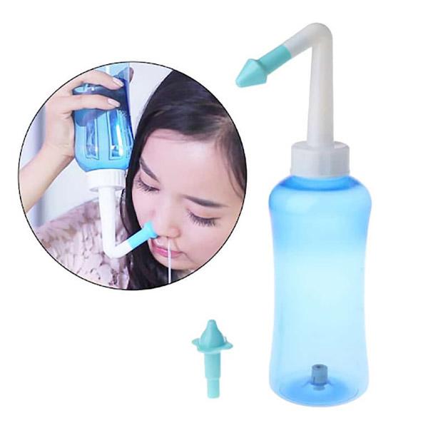 Không sử dụng bình xịt rửa mũi cho trẻ dưới 1 tuổi