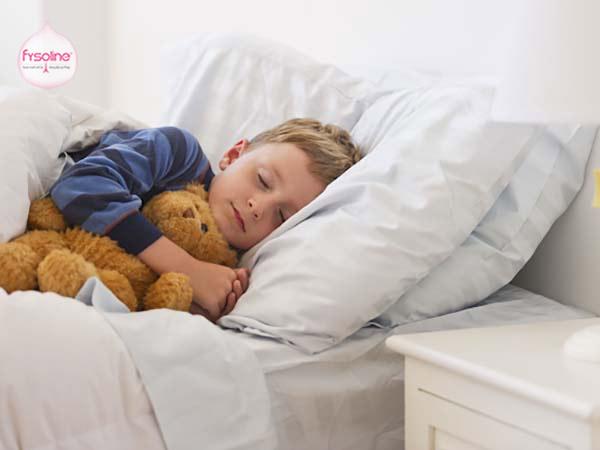 Để trẻ nghỉ ngơi và đi ngủ